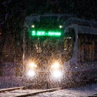 В парк идет трамвай усталый... :: Александр Горбунов