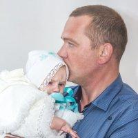 папа с сыном после крещения :: Алена Дегтярёва