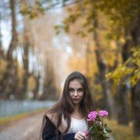 Лера с розами :: Женя Рыжов