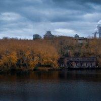 Осень в индустриальной зоне :: Алексей Обухов