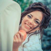 Яблочко хочешь? :: Ирина