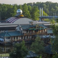 Развлекательный центр в Ярославле :: Сергей Цветков