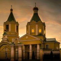 Свято-Николаевский храм :: Artem Zelenyuk
