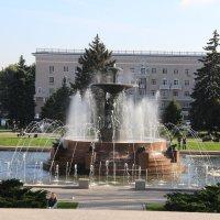 Ростовский осенний фонтан :: Марина Труфанова