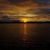 Закат на Свирском озере. :: Ирина Нафаня
