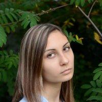 Портрет девушки. :: Ирина Голубятникова
