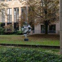 Абстрактый памятник, Дюссельдорф :: Witalij Loewin