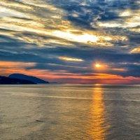 Рассвет над Аю-Дагом. :: Ольга