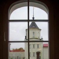 Взгляд в окно. :: Михаил Попов