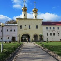 Тихвинский монастырь :: Наталья