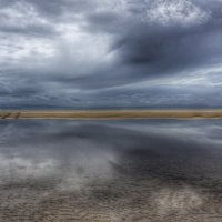 Между небом и землей :: Полина Polli