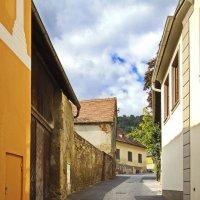 Улочка Альпийского городка :: M Marikfoto