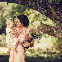 Мать и дитя :: Янина Гришкова