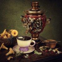 Чай с лесными дарами :: Ирина Приходько