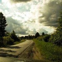 вдоль по дороге :: Сергей Кочнев