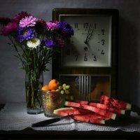 С осенними астрами. :: Svetlana Sneg