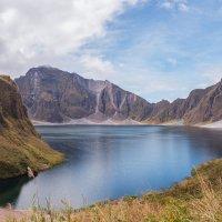 вулкан Пинатубо :: Надежда Шемякина