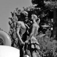 Фонтан-памятник всех влюбленных :: Наталья Мельникова