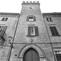 Башня в которой живет красавица... :: M Marikfoto
