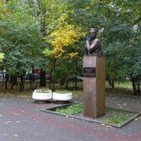 Жил в Ростове Витя Черевичкин :: Татьяна Смоляниченко