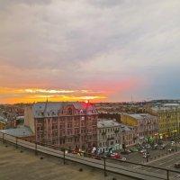 закат над Лиговкой :: Елена