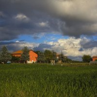 Маленькое хозяйство в Северной Италии :: M Marikfoto