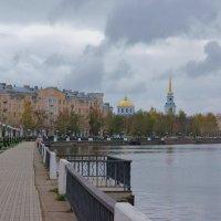 Осень. Воткинск. Набережная. :: Исаков Александр