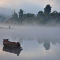 утро на реке :: Августа