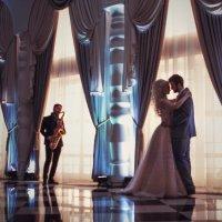 Свадебный танец молодожен :: Саша Васильев