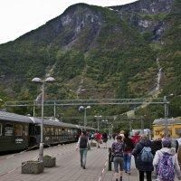 Поезд в горы :: Александр Рябчиков
