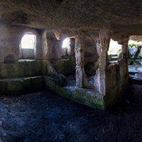 Древний храм.Тепе-Кермен :: Виктор Фин