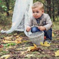 Мальчик с лукошком :: Yana Odintsova