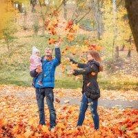 Осень втроём :: Настасья Целуйко
