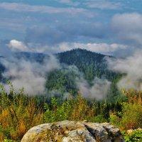 Танцующий туман :: Сергей Чиняев