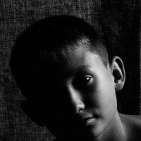 С усталостью в глазах... :: Sergey Apinis