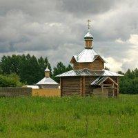Введено-Оятский монастырь. Часовня и купальня. :: Олег Попков