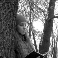 Хорошая книга - лучший друг... :: Павел Зюзин