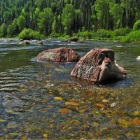 По круглым камушкам река течёт :: Сергей Чиняев