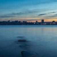 Пока город не успел зажечь огни 2 :: Artem Zelenyuk