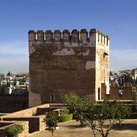Вид на город Гранада из садов Аль-Гамбры... :: Cергей Павлович