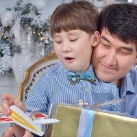 Разбираем подарки :: Юлия Масликова