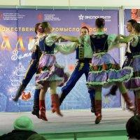 кружево народно танца :: Олег Лукьянов