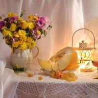 Как солнце осени – златые хризантемы... :: Валентина Колова
