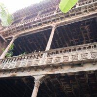 Знаменитый дом с балконом Ла Оротавы :: Bogdan Snegureac