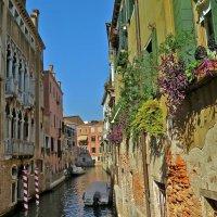 Венецианская улочка :: НАТАЛЬЯ