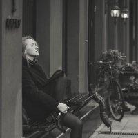 Одна в городе :: Екатерина Молькова