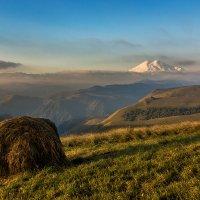 Пейзаж с Эльбрусом :: Александр Хорошилов