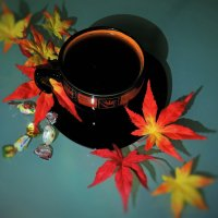 Глоток кофейного аромата осенним вечером :: Елена Ом