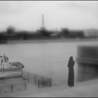 И тихо идут по Неве корабли. :: galina bronnikova