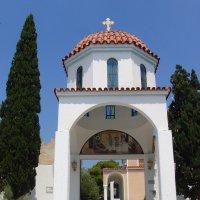 Вход в церковь. :: Оля Богданович